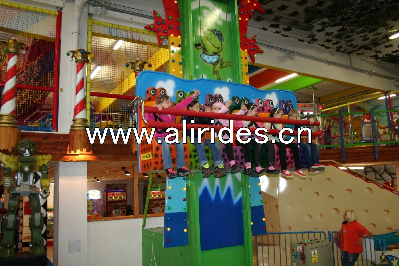 Amusement park games free fall rides frog jumping for childr