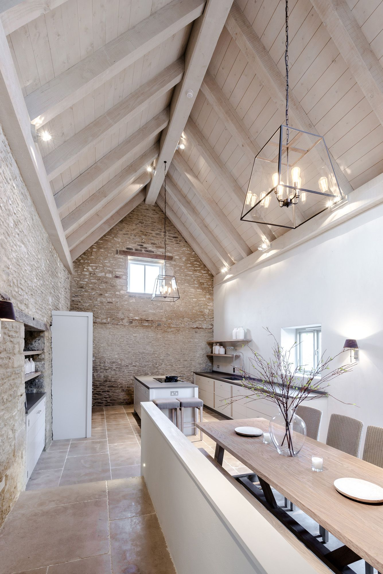 Pale exposed brick cream timber cathedral ceiling over for Exposed ceiling design