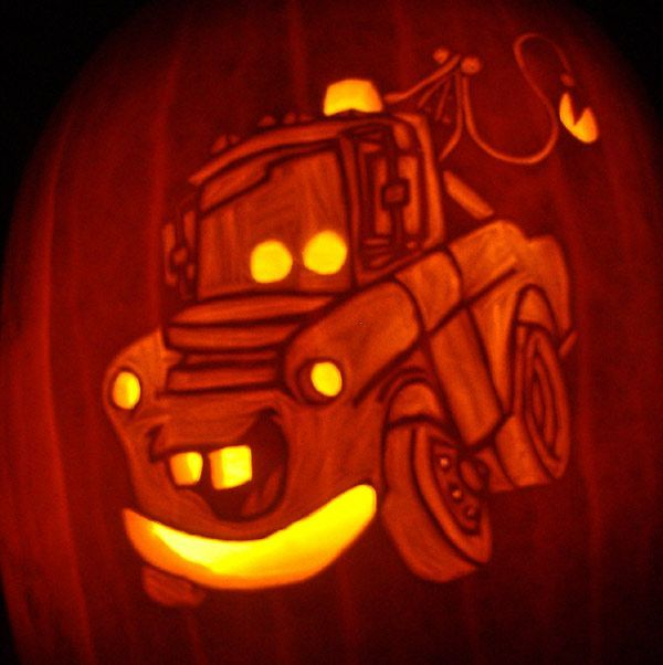 Car themed pumpkin carving mater the art of cars for Halloween pumpkin painting templates
