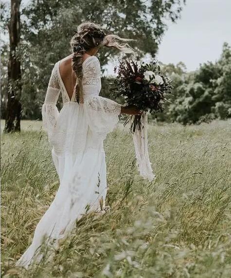 Bohemian wedding Dress V-Neck- Lace Vintage- Long Sleeve #bohoweddingdress
