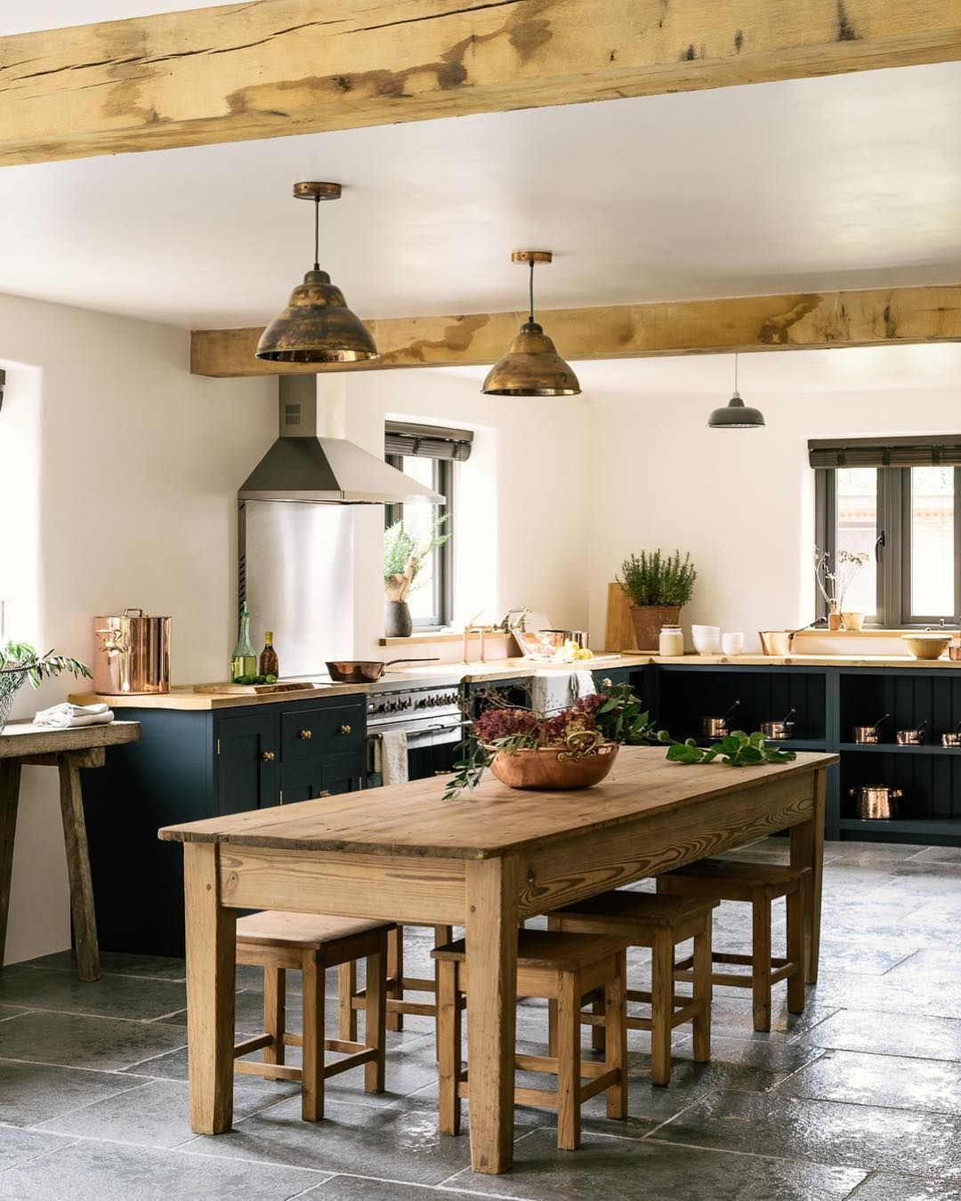 10 Steps To The Perfect Rustic Kitchen: 10 Amazing English Country Kitchens By DeVOL