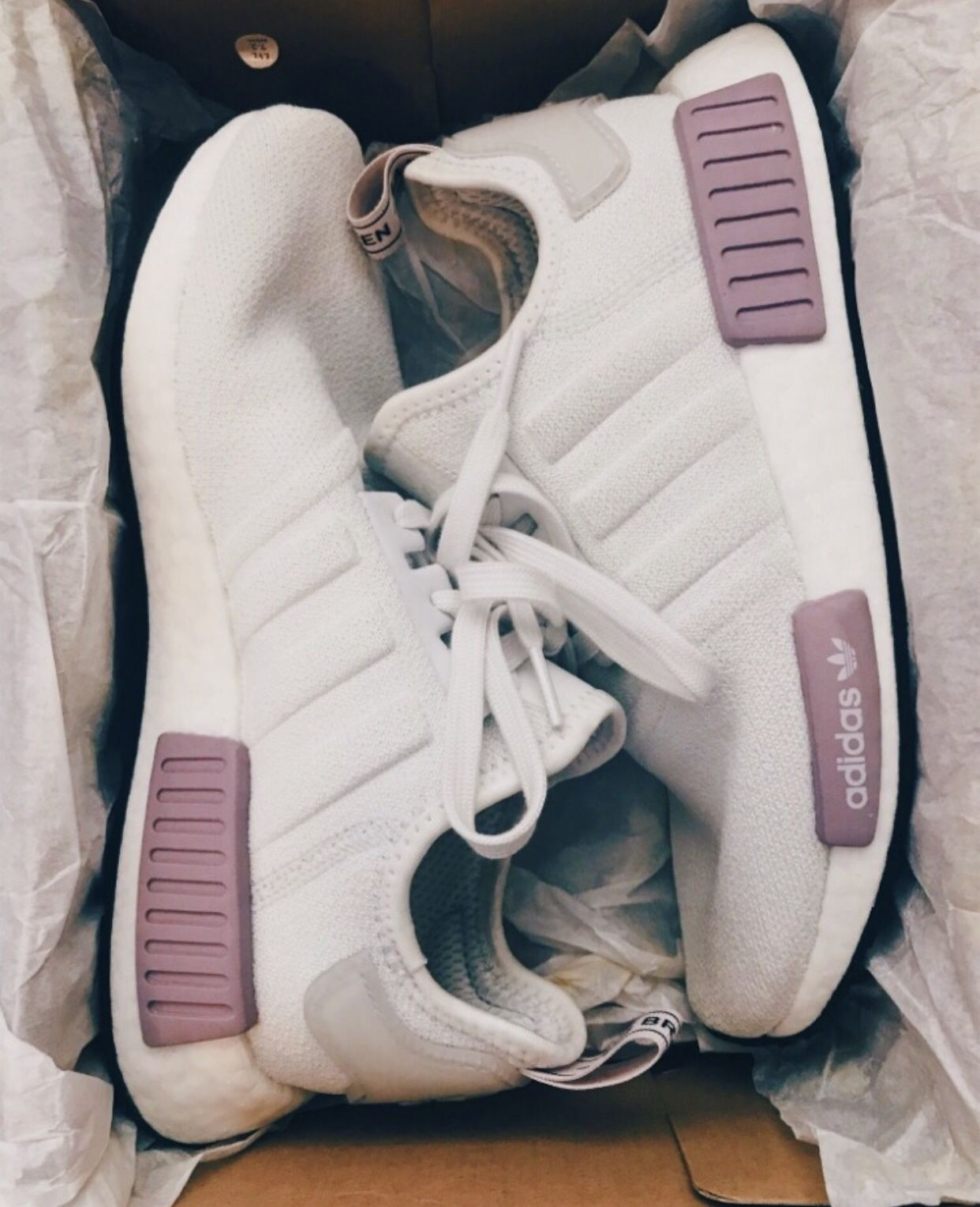 vsco cuteclothes | Pretty shoes sneakers, Addidas shoes, Shoes
