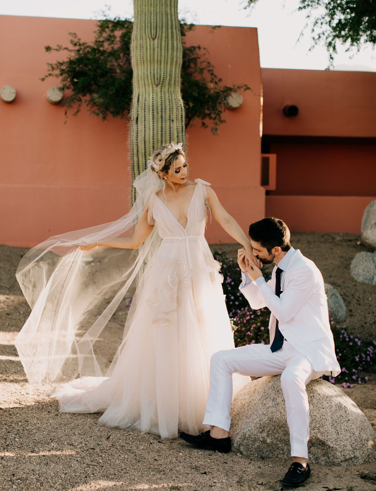 Luxe Meets Bohemian For This Desert Wedding At The Pond Estate In