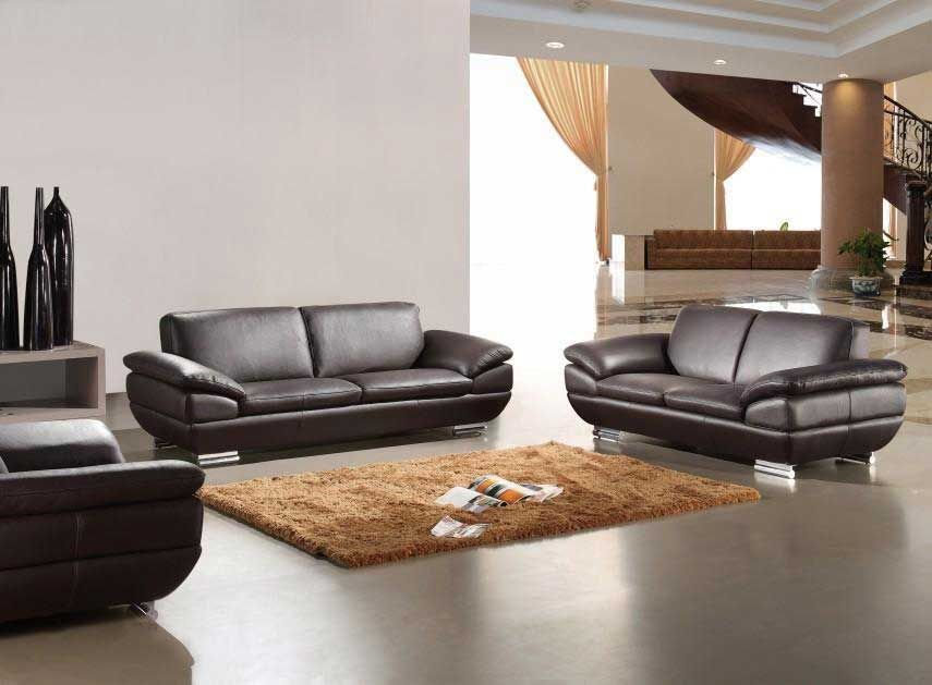 Lovely Deluxe Italian Sofas For Classical Interior Theme : Spacious Living Room  Design Brown Italian Sofas Brown Carpet Rug For Glossy Flooring Des. Part 12
