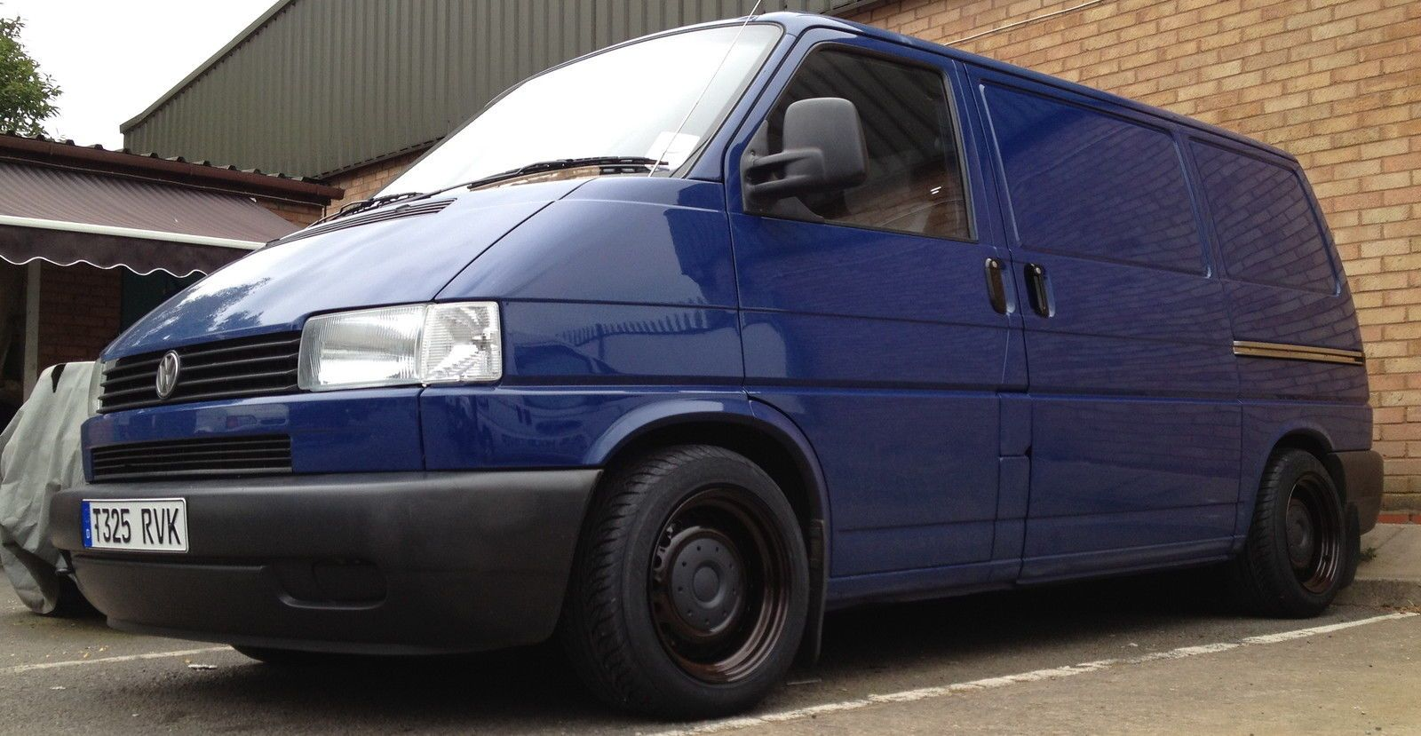 vw transporter t4 lowering painting repairs mods. Black Bedroom Furniture Sets. Home Design Ideas