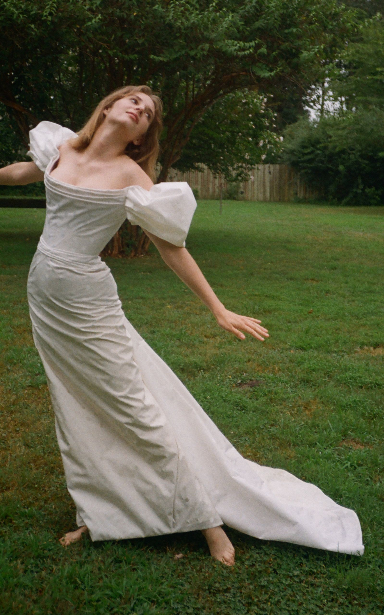 Click Product To Zoom Wedding Dresses Unique Wedding Dress Inspiration Modern Bridal Dress [ jpg ]