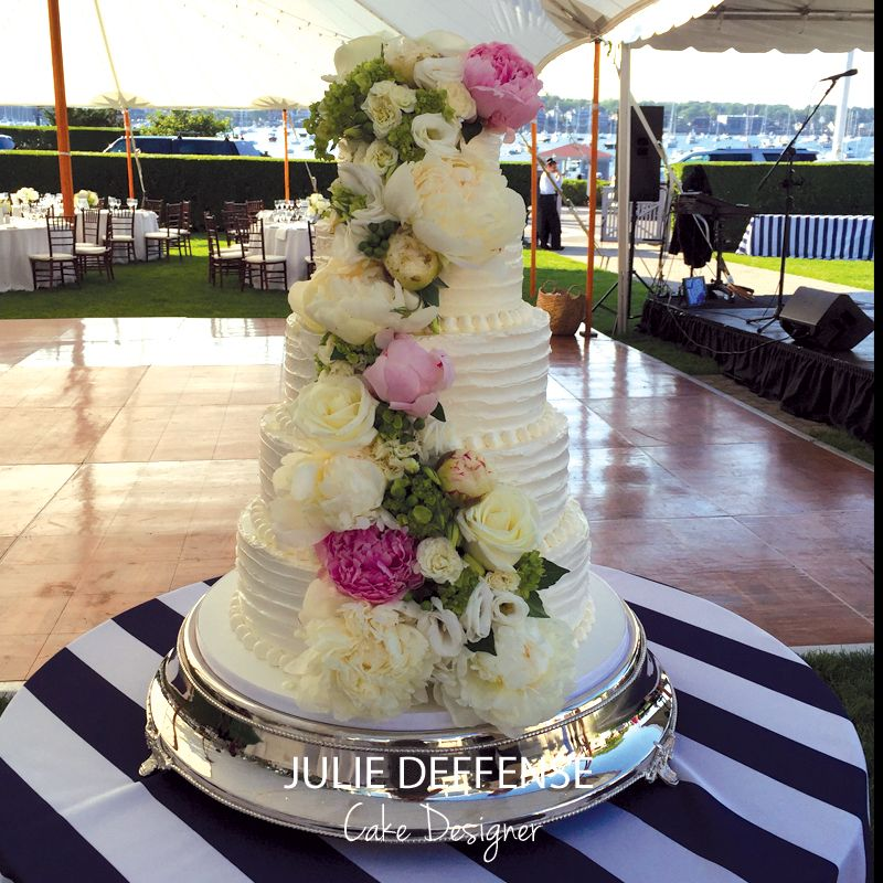 Luxury Wedding Cake by Julie Deffense wwwcakept Cascais