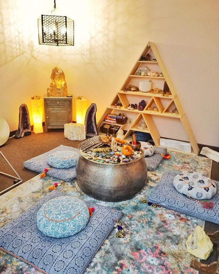 Shy expanded meditation room ideas