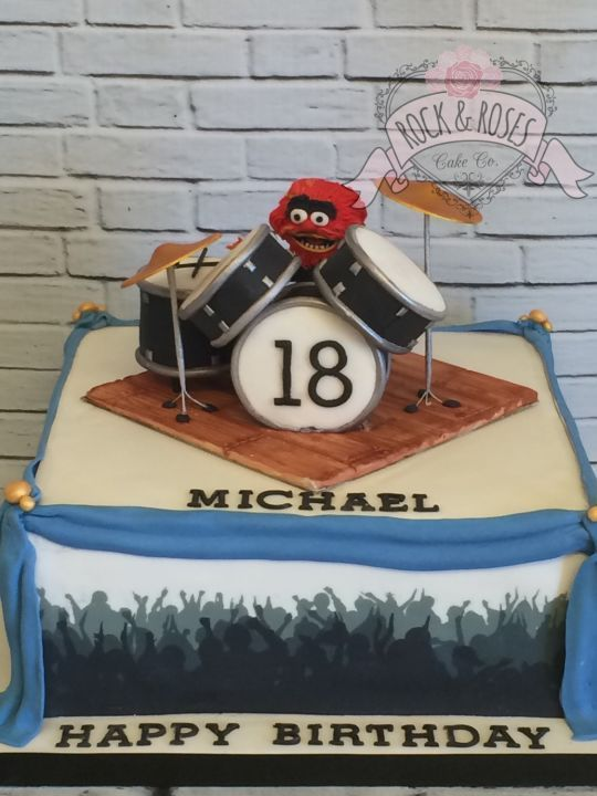 18th drum kit Rock and Roses cake co.