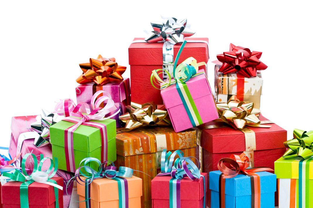Подаръци според зодията, за жени Friend birthday gifts