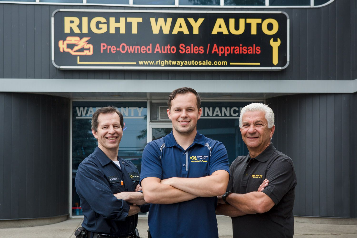 Rightway Auto Sales >> Meet Our Excellent Staff At Right Way Auto Sales To Help You