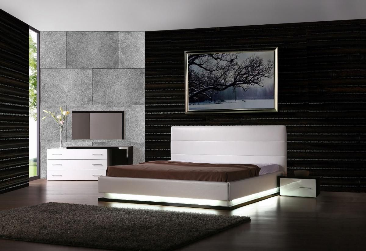Modern Contemporary Bedroom Furniture Exotic Leather Modern Contemporary Bedroom Sets Feat Light