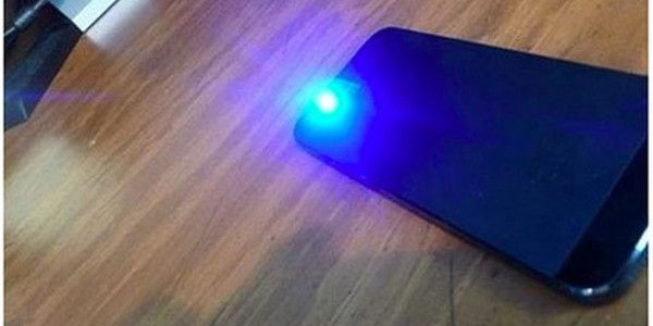 Smartphone Hack How To Make Any Phone A Black Light Instantly First Know