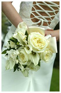 Bouquet Sposa Rose E Calle.Bouquet Di Rose E Calle Bianche Bouquet Sposa White