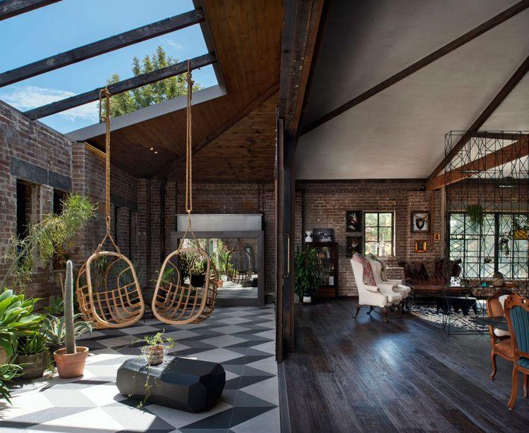 Retro Look  Loft Industrial Terrasse Terrassentüren Klinkerwand