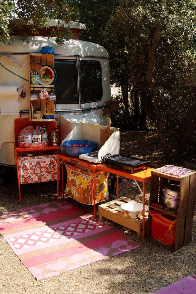 La Vie Au Camping Decor Caravane Vie En Caravane Relooking Caravane