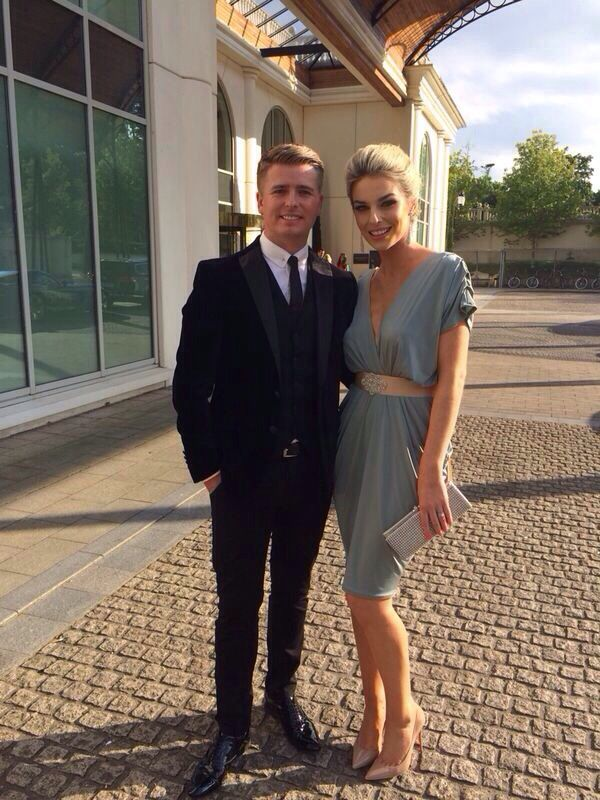44cf18e9845f Pippa o'connor Derby Outfits, Wedding Wear, Style Icons, Celebrity Style,