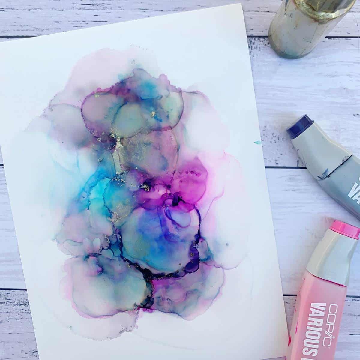 Learning more about alcohol inks can help you understand how the fade effects works. #fluidartwork #art #fluidart #fluidartist