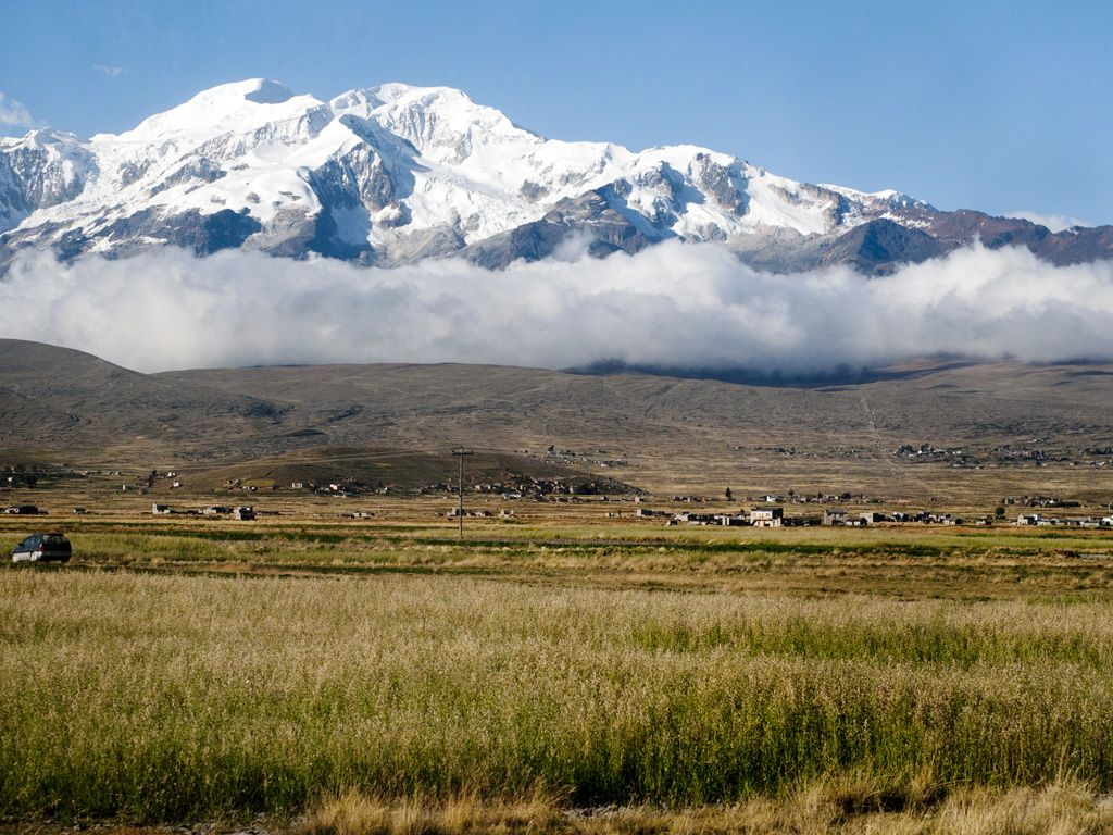 Mt Illimani Bold And Beautiful Bolivia Travelchannel Com Bolivia Andes Mountains Central America