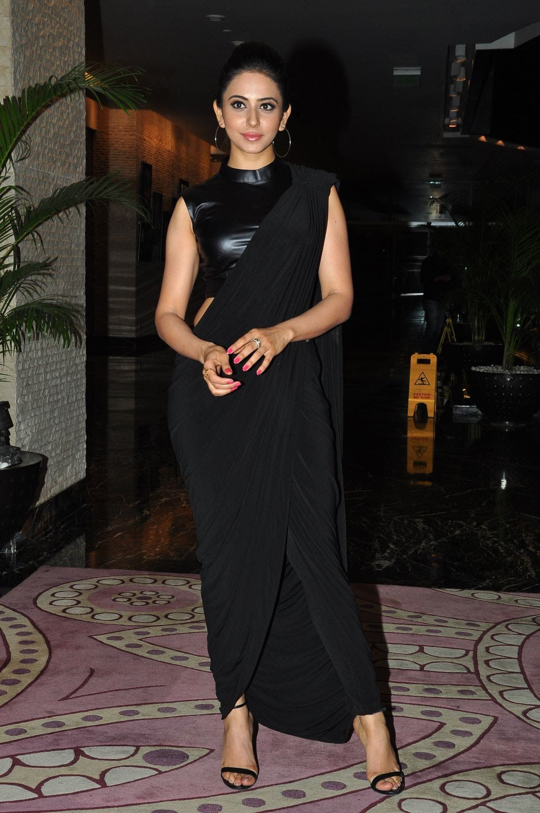 Beautiful Telugu Girl Rakul Preet Singh Face Close Up Stills - Tollywood Boost in 2021 | Black saree, Black dress, Hot black dress