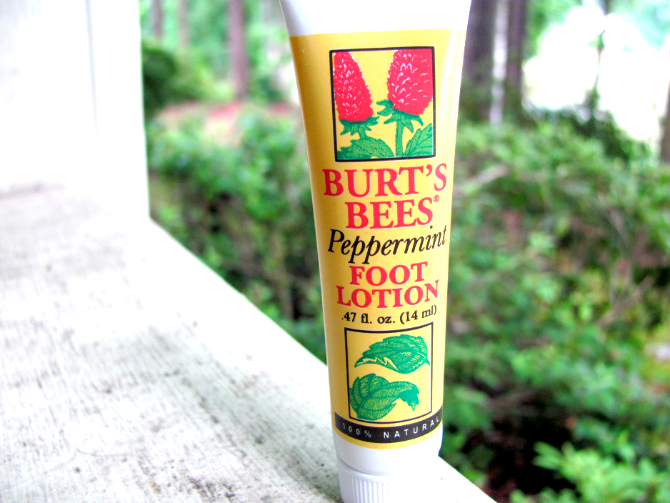 Burt's Bees Peppermint Foot Lotion Review Peppermint