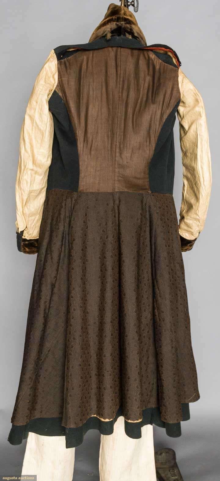 BOTTLE GREEN GREATCOAT/SURTOUT, HAVERHILL, MA, 1820s - Augusta Auctions