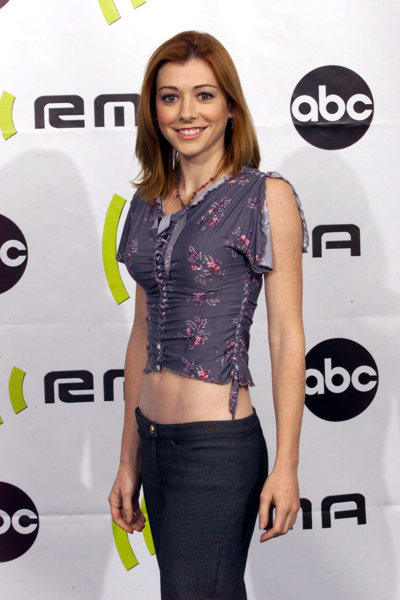 Awesome Girls Desktop Backgrounds: Alyson Hannigan HQ Definition #966411 |.Ssoflx