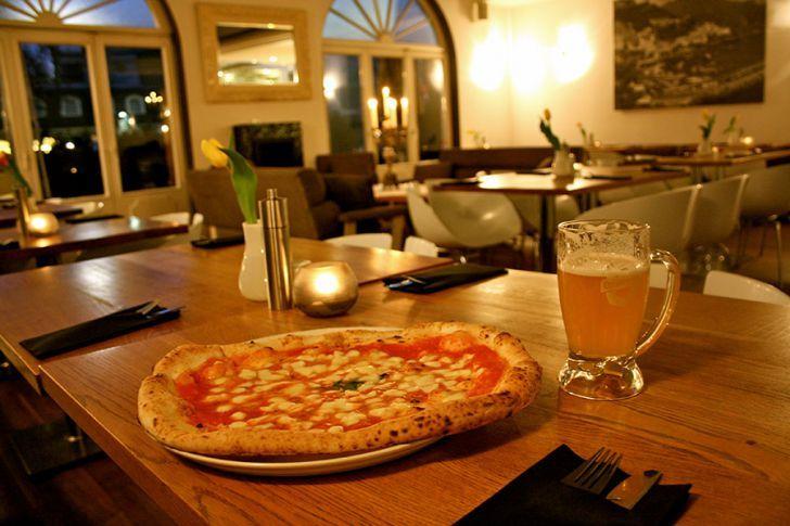 Pizzeria l'autentico Pizza (c) STADTBEKANNT