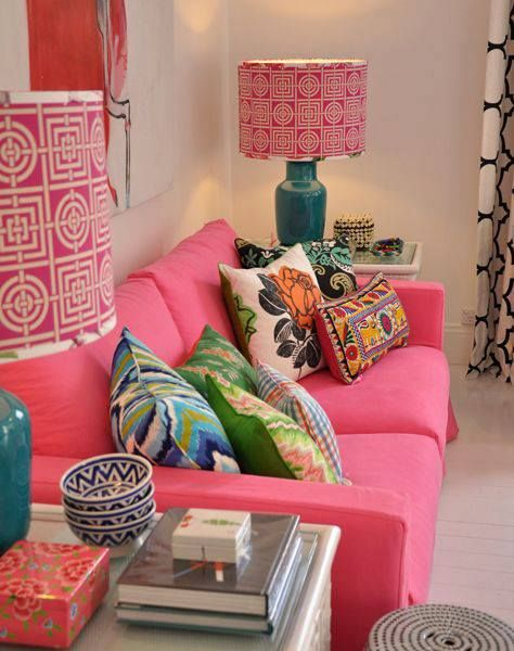 cushions on fuchsia sofa | live in this room! | Pinterest | Living ...