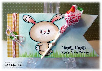 LOVE this adorable bunny lollipop holder from @Laura Pryor and Lil' Inker Designs!