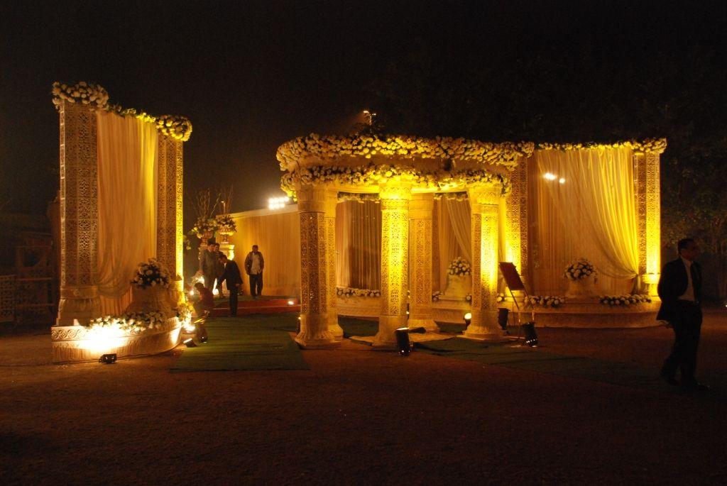 Rajwara theme decoration by wedding flower decorator in delhi ncr rajwara theme decoration by wedding flower decorator in delhi ncr junglespirit Gallery