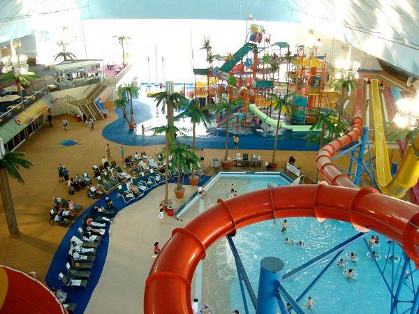 Explore The Waterpark Indoor Waterpark Water Park Hotel Skyline