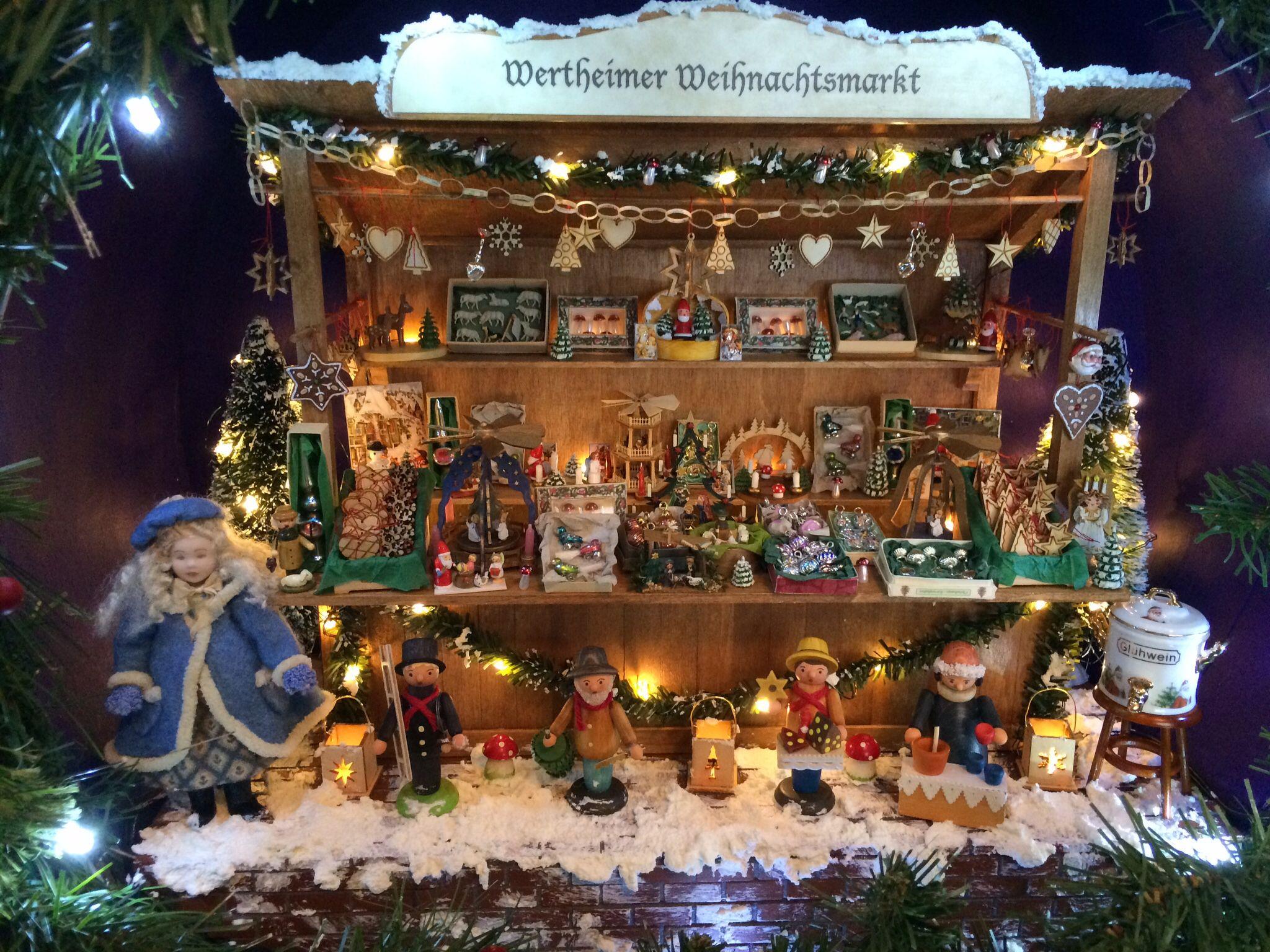 8eff9c5457c Miniatura Navideña · Habitaciones En Miniatura · Miniature German Christmas  Market Stall
