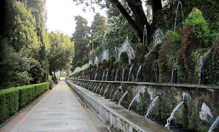 Le Cento Fontane (The Hundred Fountains), Villa d\'Este, Tivoli ...