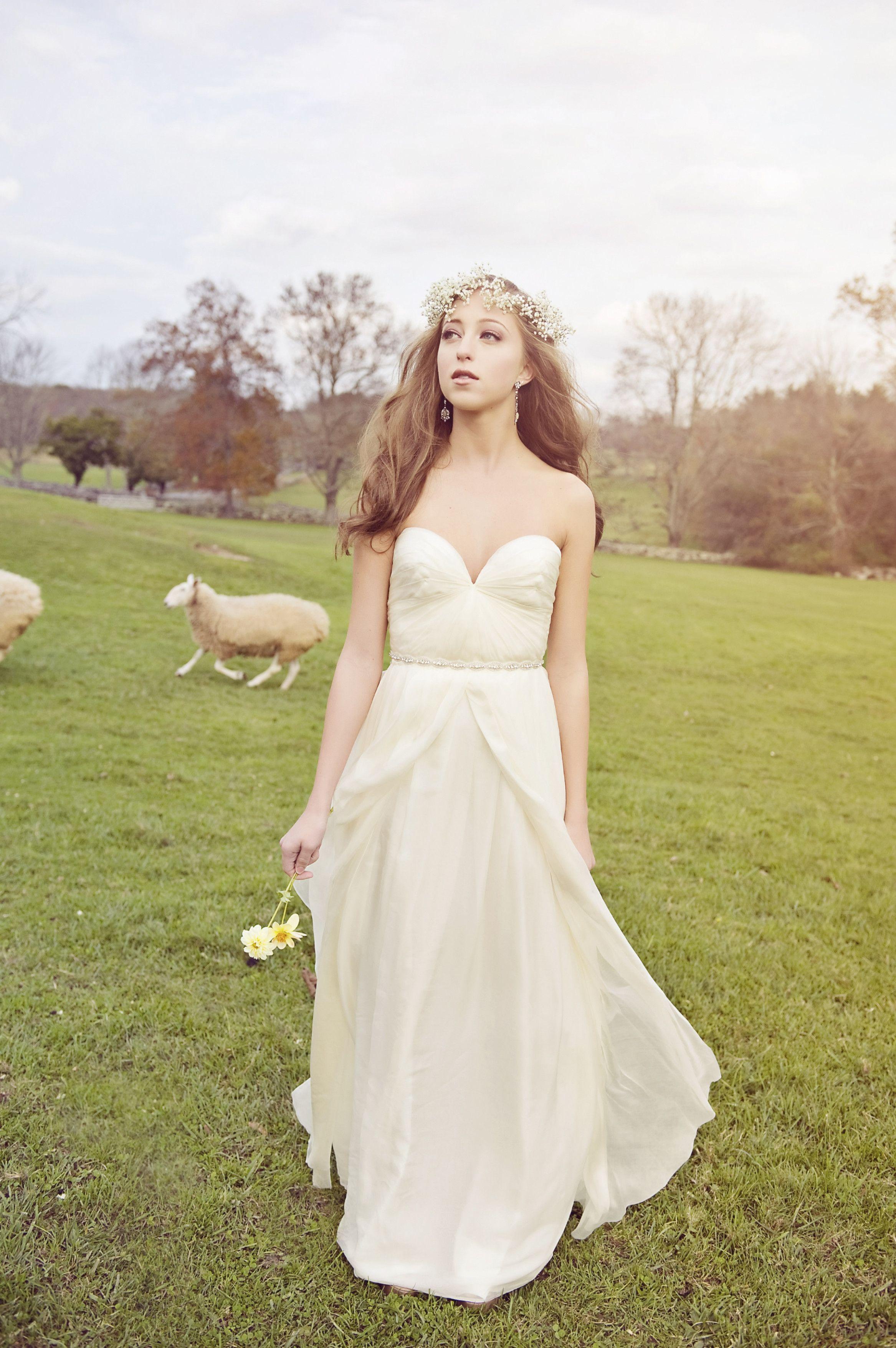 Barn Wedding Texas Bridesmaid Dresses Country Bridesmaid Dresses Short Country Wedding Dress Wedding Dresses [ 3509 x 2334 Pixel ]