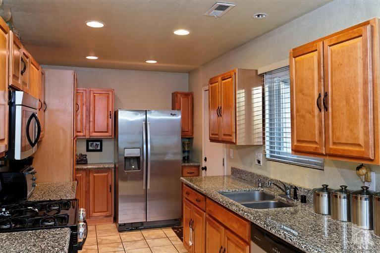 1794 Moreno Dr, Simi Valley, CA 93065 Kitchen | Kitchen ...
