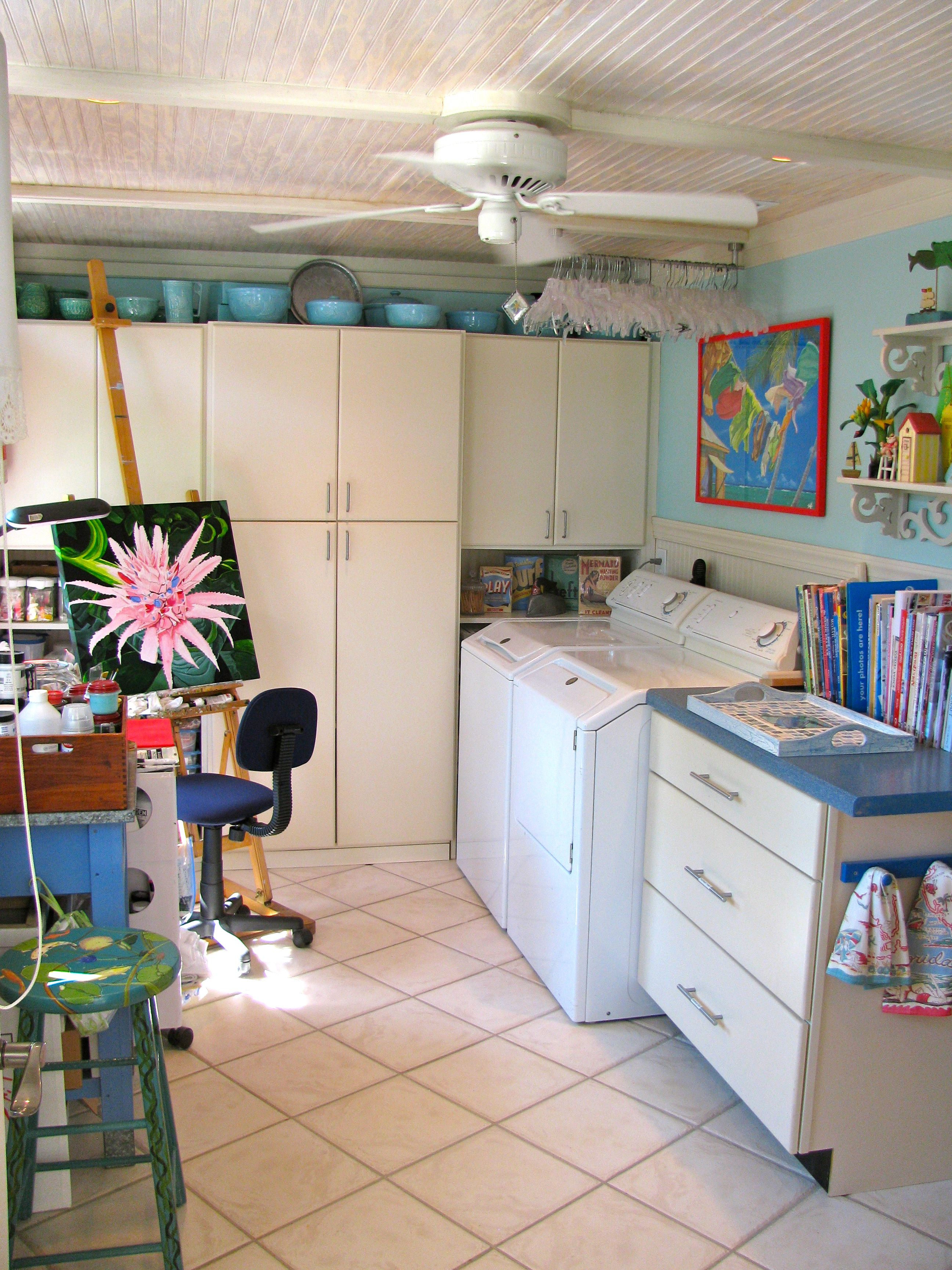 Island Art Studio Squeezed Into A Laundry Room Home Decor Beach