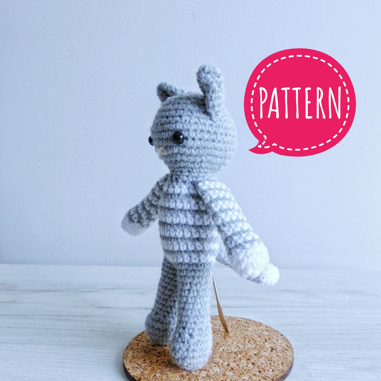 Free Playing Cats Crochet Amigurumi Pattern - Little Bear Crochets | 3000x3000