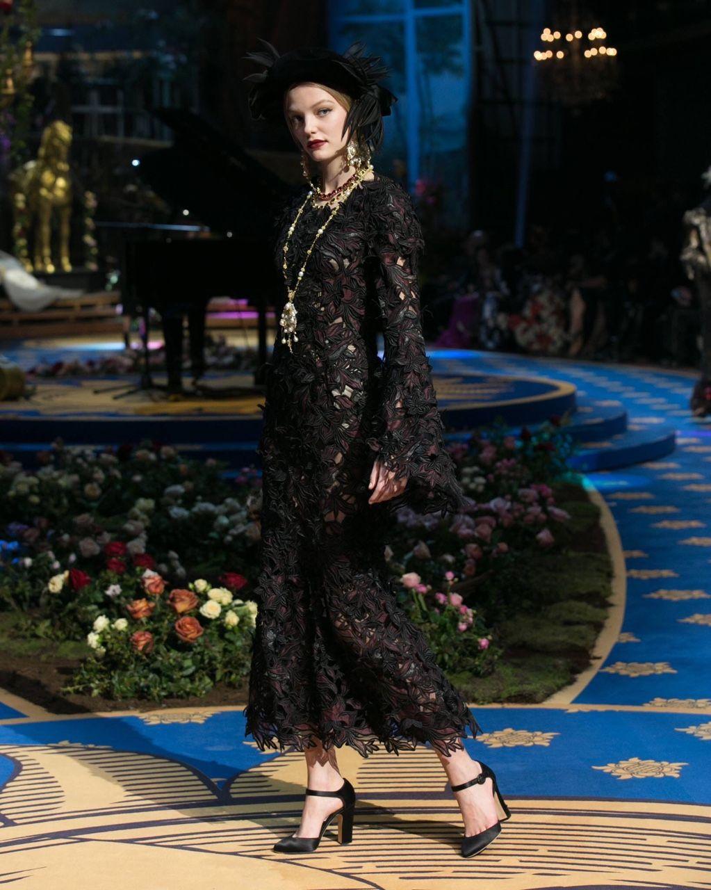 fashion elegance luxury beauty — Dolce&Gabbana Alta Moda Laboratori del Teatro...
