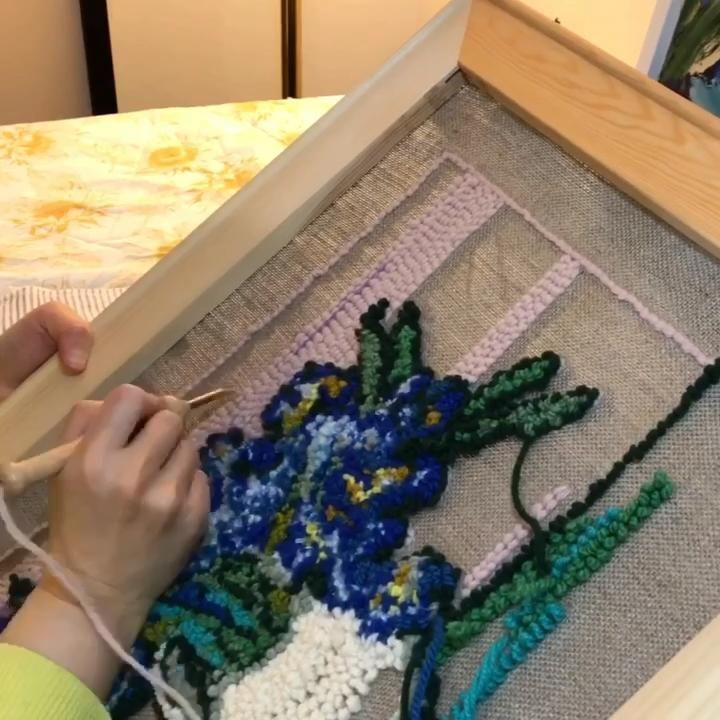 Work in Progress speedy video 🍃☁️💚 . . . #timelapse #timelapseart #makersgonnamake #punchneedle #punchneedleembroidery #punchneedleart #punchneedlegang #punchneedlelove #rughooking #makermakes #littlecanvas #punchneedlerughooking #punchneedling #punchneedleartist #handmade #handmadecrafts #makingstuff #wip #workinprogress #studiolife #artstudio #craftstudio #yarnart #fibreart #makersofinstagram #punchneedleaddict #havingfun😄