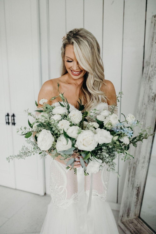 A Gorgeous Minimal White Washed Barn Wedding In All White White