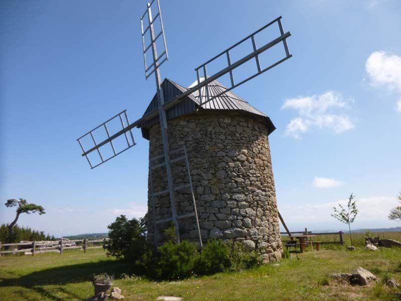 Moulin à vent n°G2295 - Haute Loire, Auvergne