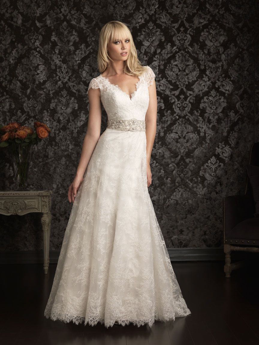 Vintage Wedding Dress With Capped Sleaves