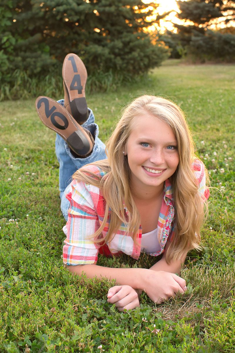 Cute High School Senior Portraits Barefoot