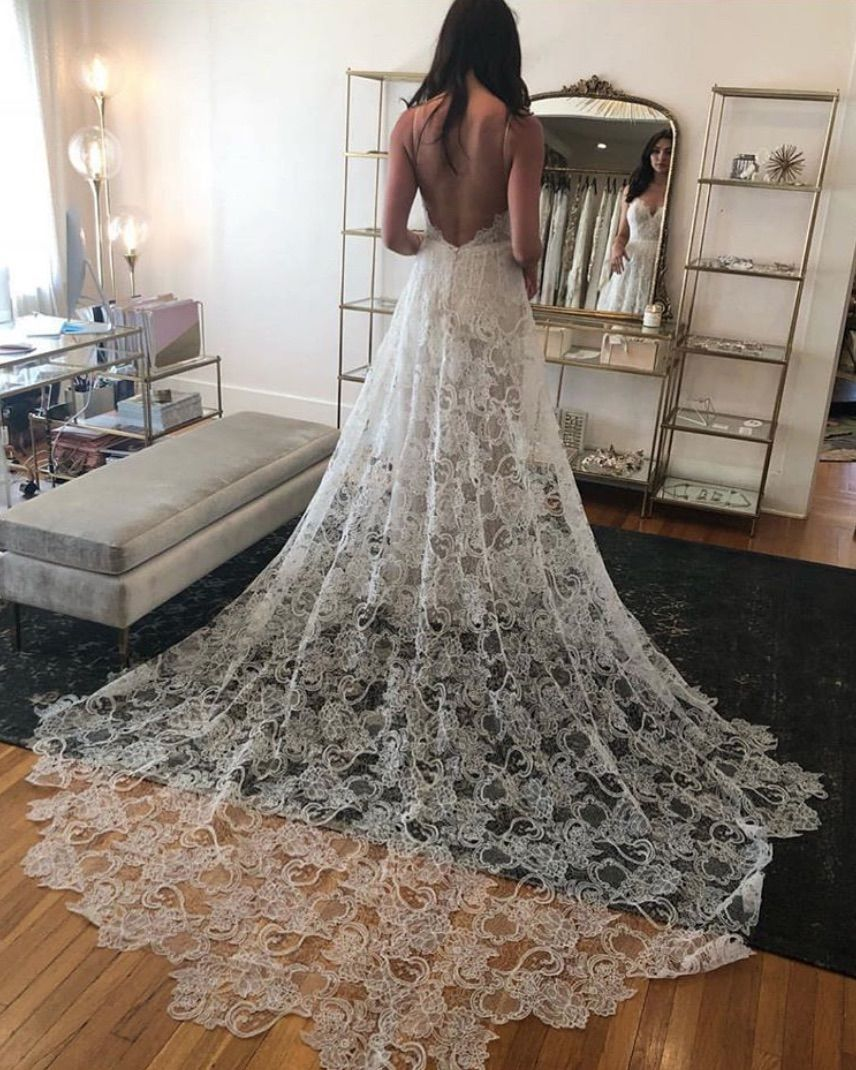 Where To Shop For Wedding Dresses In Chicago Lake Shore Lady Wedding Dress Shopping Wedding Dresses Chicago Wedding Gown Styles