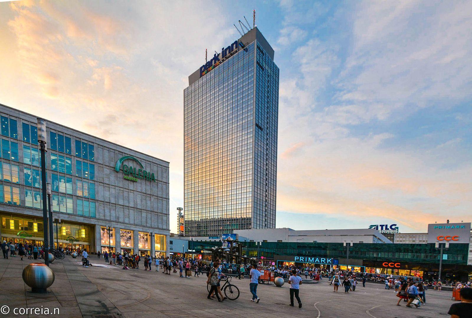 Alexanderplatz Berlin Skyscraper Berlin Building