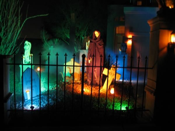 Lighting tips on halloween forum haunted house for Homemade haunted house effects