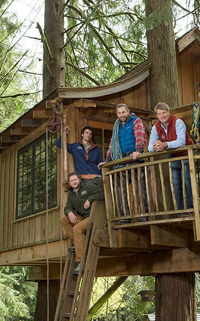 Your Childhood Dream Home The Extreme Treehouses Of Treehouse Masters Tree House Treehouse Masters Cool Tree Houses