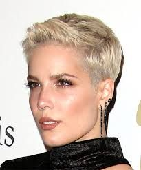Image Result For Singer Halsey Short Blonde Hair Short Blonde