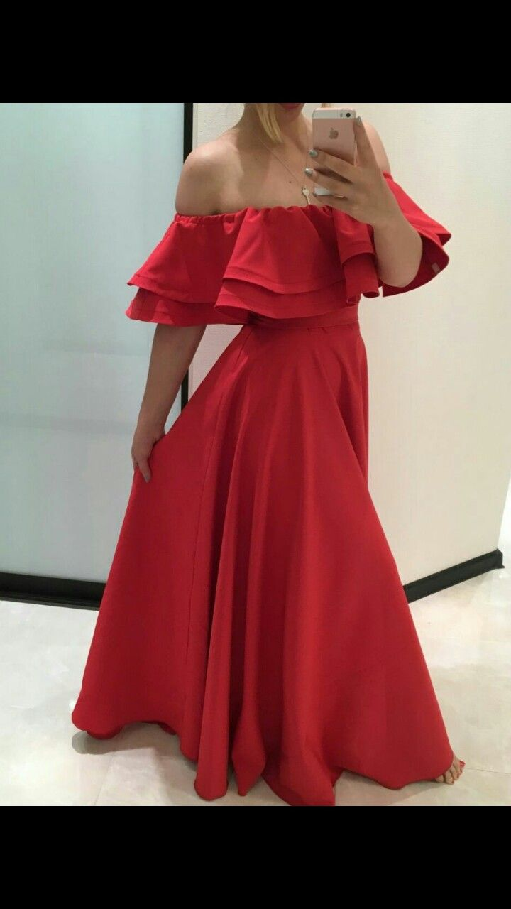 Gorgeous slaying red prom dress omg im in love with this dress